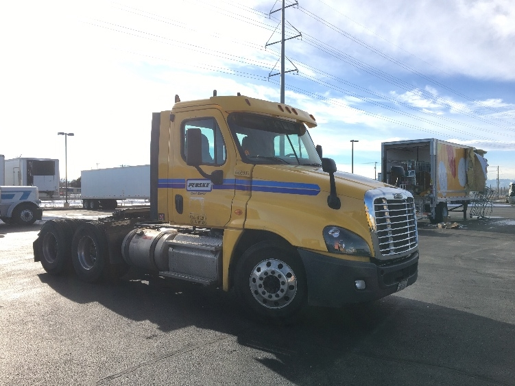 Day Cab Tractor-Heavy Duty Tractors-Freightliner-2013-Cascadia 12564ST-AURORA-CO-360,196 miles-$44,250