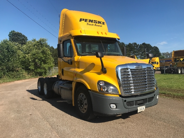 Day Cab Tractor-Heavy Duty Tractors-Freightliner-2013-Cascadia 12564ST-ALABASTER-AL-759,330 miles-$25,000