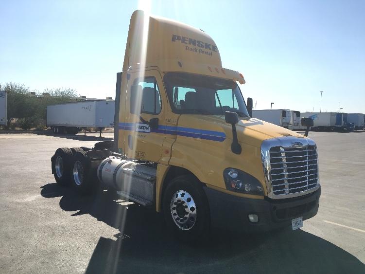 Day Cab Tractor-Heavy Duty Tractors-Freightliner-2013-Cascadia 12564ST-PHOENIX-AZ-232,658 miles-$44,750