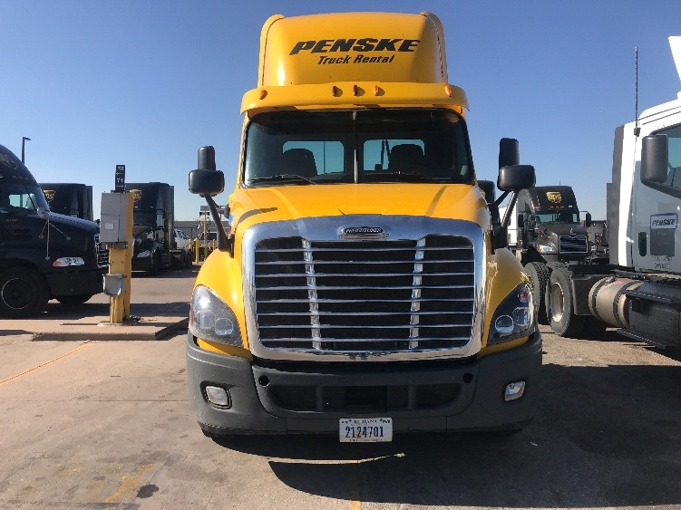 Day Cab Tractor-Heavy Duty Tractors-Freightliner-2013-Cascadia 12564ST-AURORA-CO-220,164 miles-$60,000