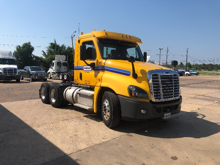 Day Cab Tractor-Heavy Duty Tractors-Freightliner-2013-Cascadia 12564ST-MEMPHIS-TN-406,862 miles-$43,500