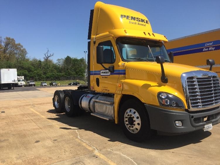 Day Cab Tractor-Heavy Duty Tractors-Freightliner-2013-Cascadia 12564ST-ATLANTA-GA-334,643 miles-$52,750