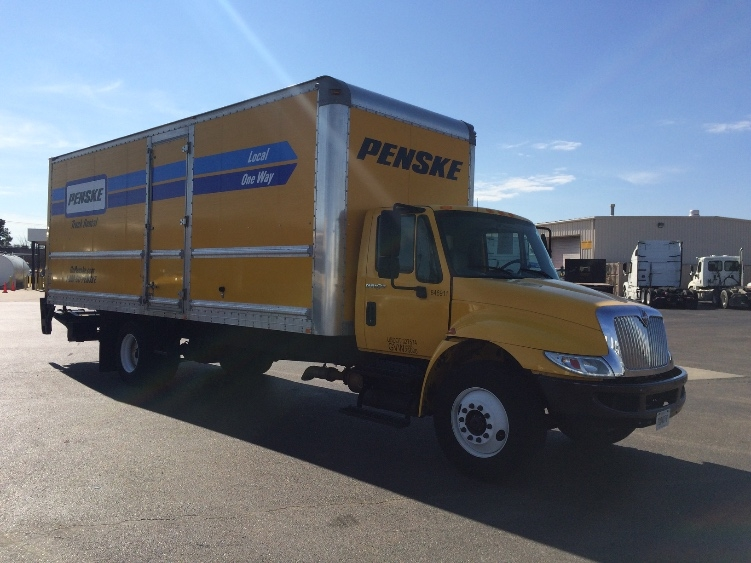 Medium Duty Box Truck-Light and Medium Duty Trucks-International-2013-4300-GULFPORT-MS-140,940 miles-$34,000