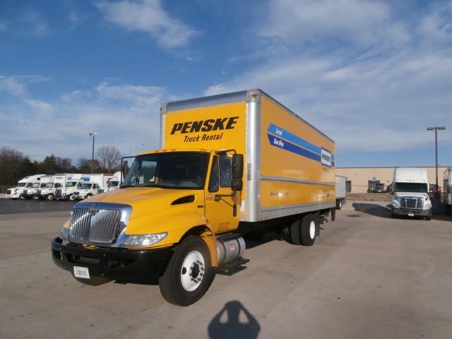 Medium Duty Box Truck-Light and Medium Duty Trucks-International-2013-4300-NASHVILLE-TN-126,556 miles-$35,750
