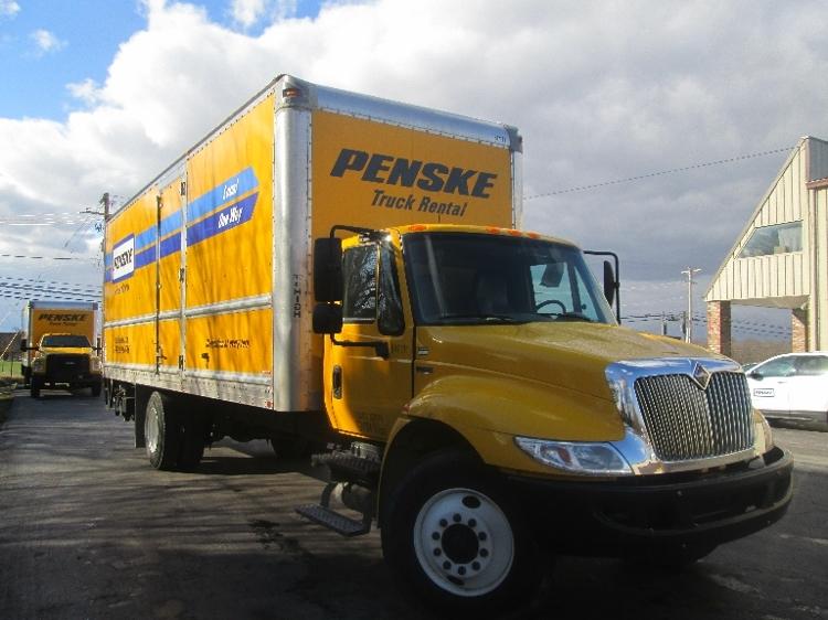 Medium Duty Box Truck-Light and Medium Duty Trucks-International-2013-4300-LOUISVILLE-KY-141,752 miles-$22,500