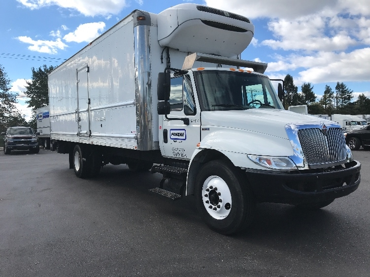 Reefer Truck-Light and Medium Duty Trucks-International-2013-4300-NEW CASTLE-DE-184,249 miles-$22,250