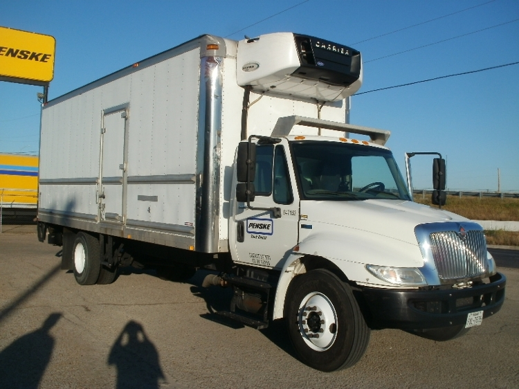 Reefer Truck-Light and Medium Duty Trucks-International-2013-4300-AUSTIN-TX-118,996 miles-$38,500