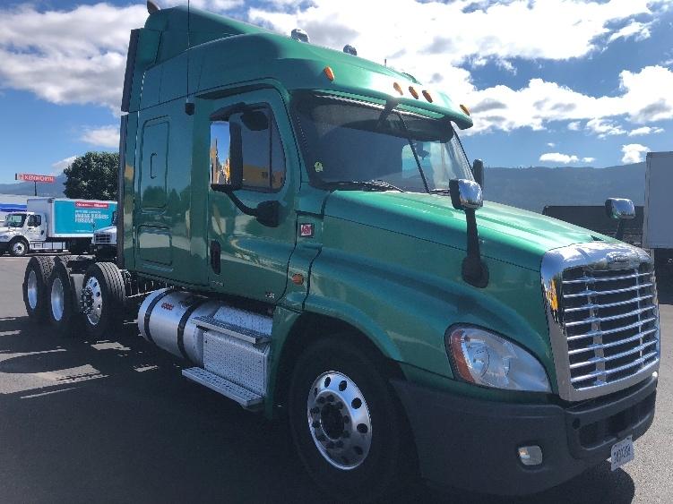 Sleeper Tractor-Heavy Duty Tractors-Freightliner-2012-Cascadia 12584ST-COBURG-OR-402,630 miles-$55,750
