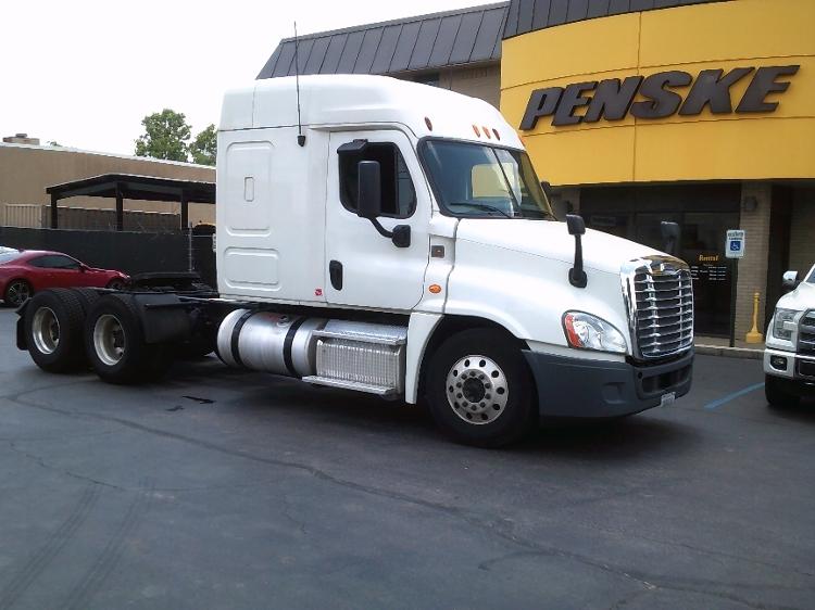 Sleeper Tractor-Heavy Duty Tractors-Freightliner-2012-Cascadia 12564ST-JACKSON-TN-633,089 miles-$37,250