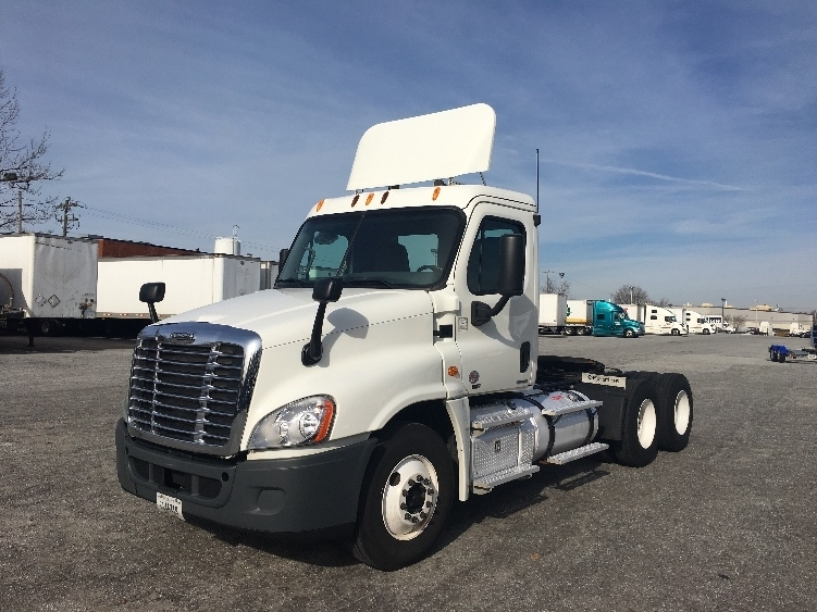 Day Cab Tractor-Heavy Duty Tractors-Freightliner-2012-Cascadia 12564ST-GREENSBORO-NC-553,340 miles-$34,000