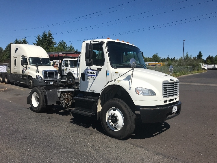 Day Cab Tractor-Heavy Duty Tractors-Freightliner-2014-M2-WILSONVILLE-OR-135,854 miles-$45,500