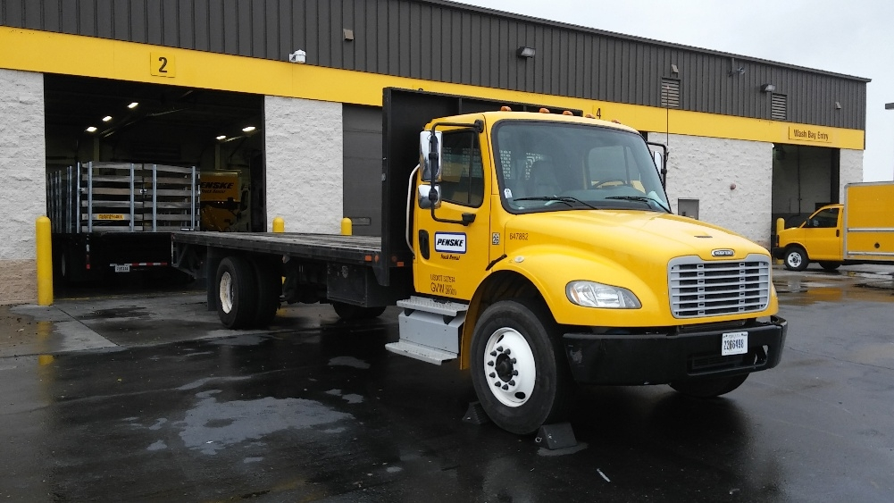 Flatbed Truck-Light and Medium Duty Trucks-Freightliner-2013-M2-WEST SACRAMENTO-CA-152,835 miles-$46,750
