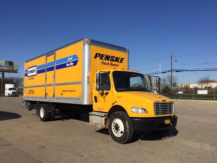 Medium Duty Box Truck-Light and Medium Duty Trucks-Freightliner-2013-M2-CHARLOTTE-NC-141,486 miles-$33,500