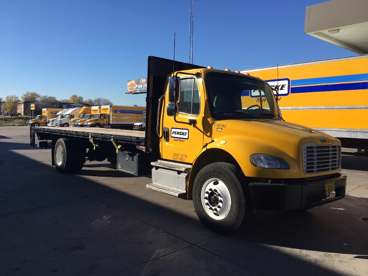 Flatbed Truck-Light and Medium Duty Trucks-Freightliner-2013-M2-EARTH CITY-MO-129,633 miles-$44,750