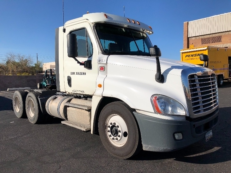 Day Cab Tractor-Heavy Duty Tractors-Freightliner-2013-Cascadia 12564ST-PHOENIX-AZ-452,171 miles-$43,000