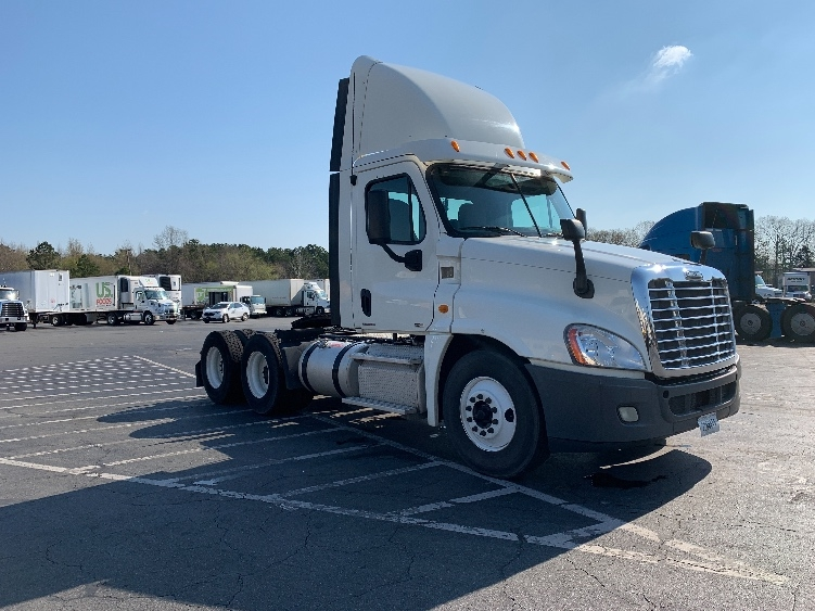 Day Cab Tractor-Heavy Duty Tractors-Freightliner-2013-Cascadia 12564ST-LITTLE ROCK-AR-305,330 miles-$45,750