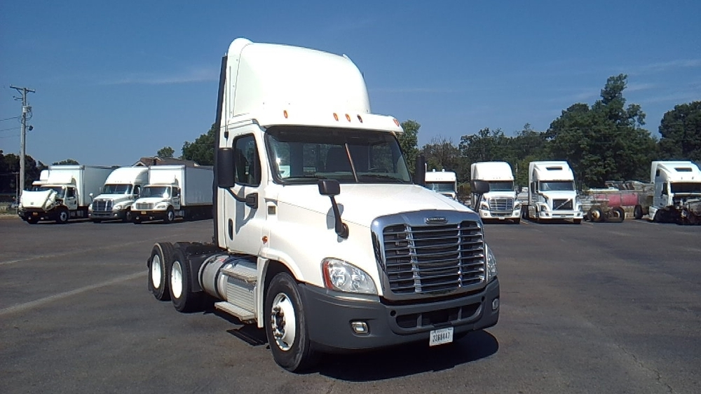Day Cab Tractor-Heavy Duty Tractors-Freightliner-2013-Cascadia 12564ST-HOT SPRINGS-AR-110,874 miles-$58,750