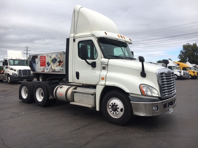 Day Cab Tractor-Heavy Duty Tractors-Freightliner-2013-Cascadia 12564ST-PLYMOUTH-MI-334,162 miles-$43,250