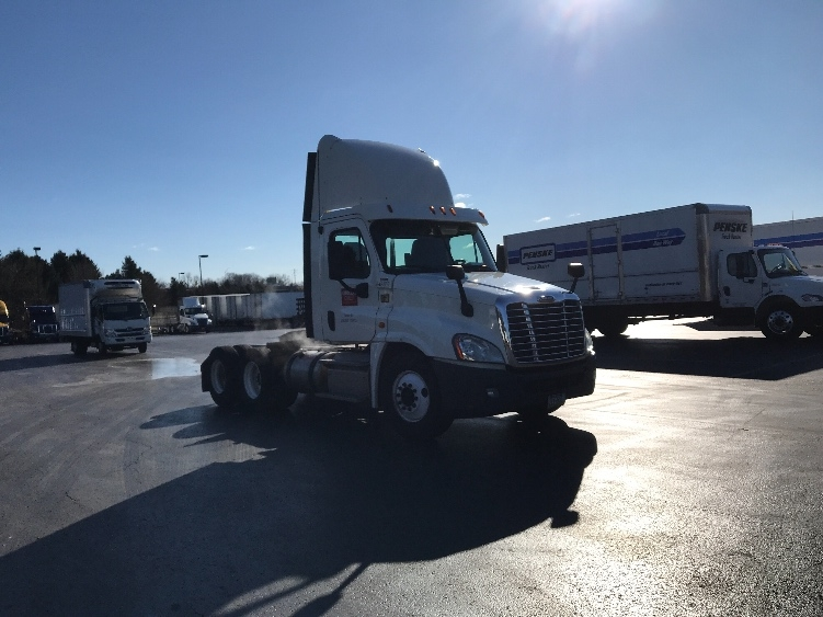 Day Cab Tractor-Heavy Duty Tractors-Freightliner-2013-Cascadia 12564ST-LANCASTER-PA-268,562 miles-$41,000