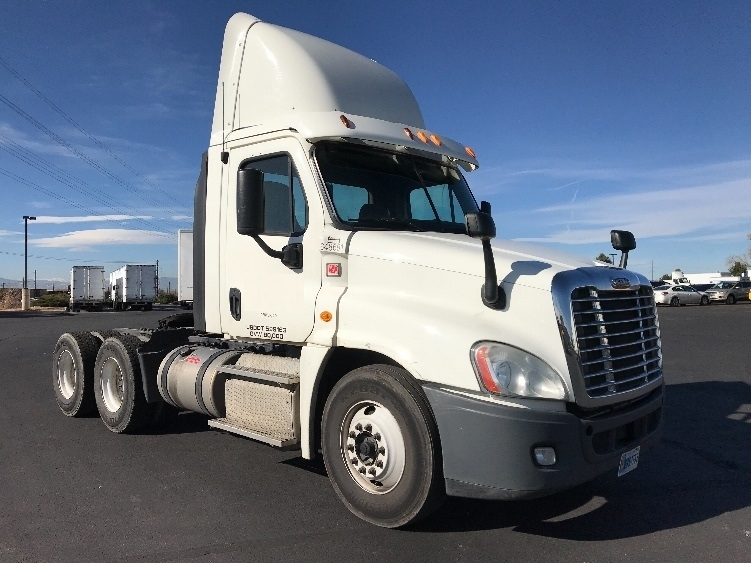 Day Cab Tractor-Heavy Duty Tractors-Freightliner-2013-Cascadia 12564ST-AURORA-CO-300,296 miles-$47,250