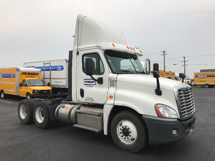 Day Cab Tractor-Heavy Duty Tractors-Freightliner-2013-Cascadia 12564ST-BOISE-ID-333,322 miles-$51,500