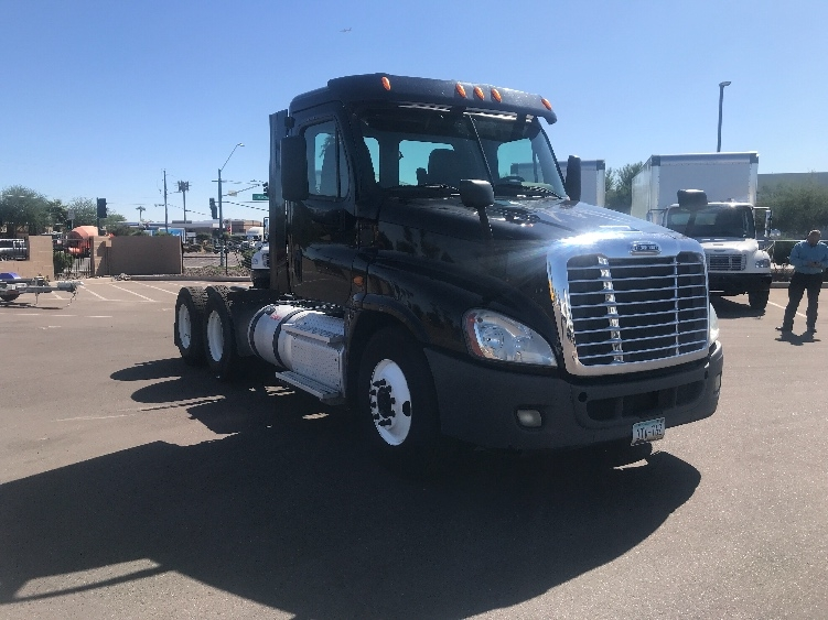 Day Cab Tractor-Heavy Duty Tractors-Freightliner-2013-Cascadia 12564ST-PHOENIX-AZ-245,127 miles-$38,750