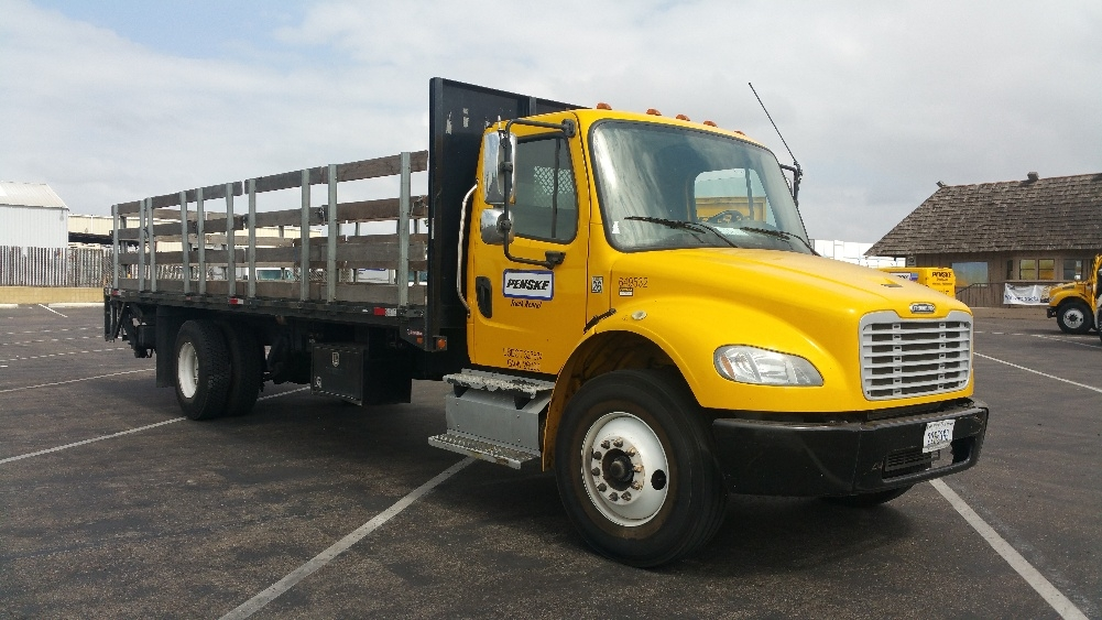 Flatbed Truck-Light and Medium Duty Trucks-Freightliner-2013-M2-TORRANCE-CA-110,919 miles-$50,500