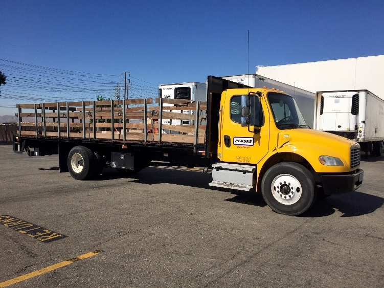 Flatbed Truck-Light and Medium Duty Trucks-Freightliner-2013-M2-CHINO-CA-128,252 miles-$55,000
