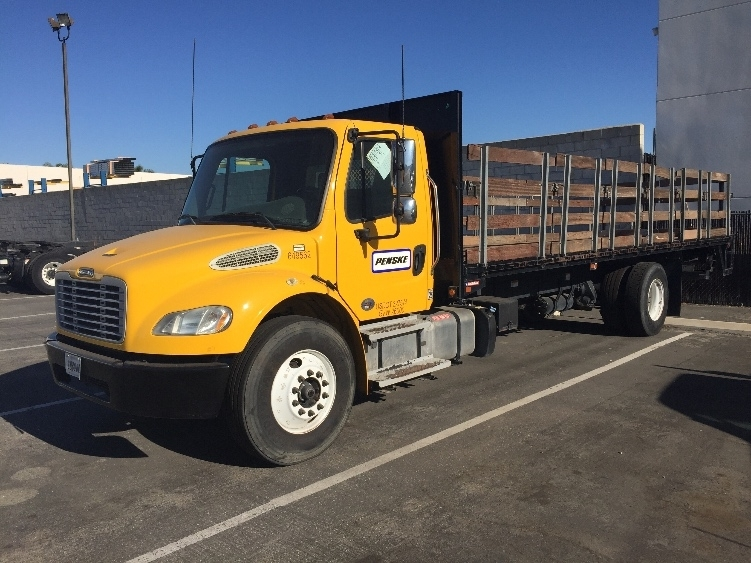 Flatbed Truck-Light and Medium Duty Trucks-Freightliner-2013-M2-CHINO-CA-119,246 miles-$53,250