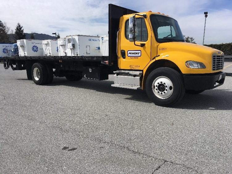 FLATBED-TRUCK-Freightliner-2013-M2-GILROY-CA-105,983 miles-$49,750