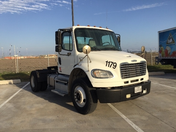 Day Cab Tractor-Heavy Duty Tractors-Freightliner-2012-M2-CORPUS CHRISTI-TX-157,250 miles-$40,000
