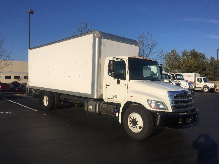 Medium Duty Box Truck-Light and Medium Duty Trucks-Hino-2013-268-LOUISVILLE-KY-81,075 miles-$39,750