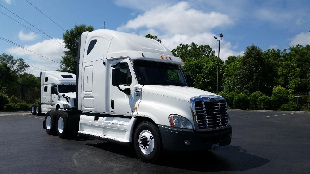 Sleeper Tractor-Heavy Duty Tractors-Freightliner-2013-Cascadia 12564ST-GREENSBORO-NC-618,119 miles-$36,750