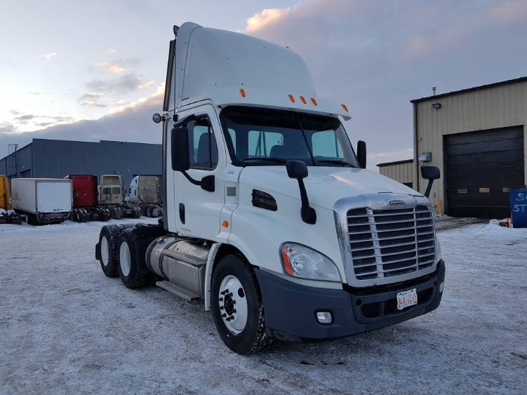 Day Cab Tractor-Heavy Duty Tractors-Freightliner-2013-Cascadia 11364ST-CALGARY-AB-357,201 km-$50,250