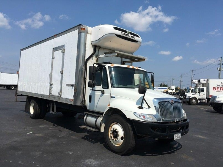 Reefer Truck-Light and Medium Duty Trucks-International-2013-4300-ETOBICOKE-ON-215,473 km-$37,250