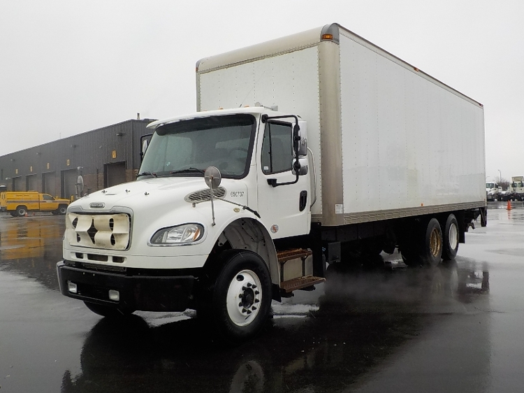 Medium Duty Box Truck-Light and Medium Duty Trucks-Freightliner-2013-M2-SAINT LAURENT-PQ-409,334 km-$45,250