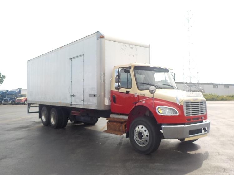 Medium Duty Box Truck-Light and Medium Duty Trucks-Freightliner-2013-M2-SAINT LAURENT-PQ-183,017 km-$61,250