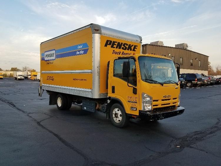 Medium Duty Box Truck-Light and Medium Duty Trucks-Isuzu-2013-NPR-DAYTON-OH-109,535 miles-$23,250