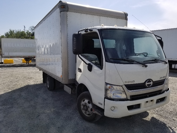 Medium Duty Box Truck-Light and Medium Duty Trucks-Hino-2013-155-ABBOTSFORD-BC-166,360 km-$38,500