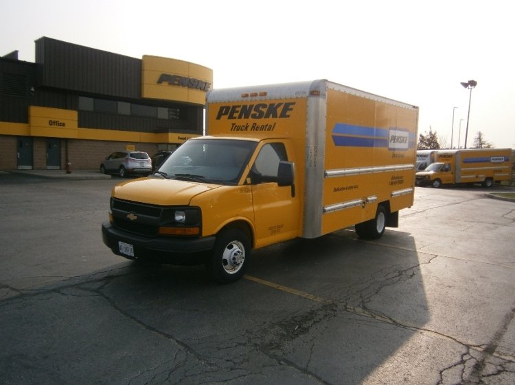 Light Duty Box Truck-Light and Medium Duty Trucks-Chevrolet-2012-G33903-MISSISSAUGA-ON-148,754 km-$17,750