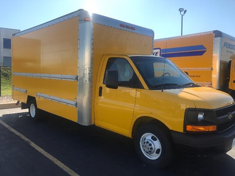 Light Duty Box Truck-Light and Medium Duty Trucks-Chevrolet-2012-G33903-WINDSOR-ON-149,310 km-$18,500
