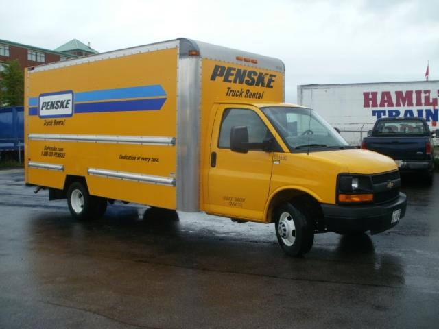 Light Duty Box Truck-Light and Medium Duty Trucks-Chevrolet-2012-G33903-HAMILTON-ON-160,346 km-$16,500