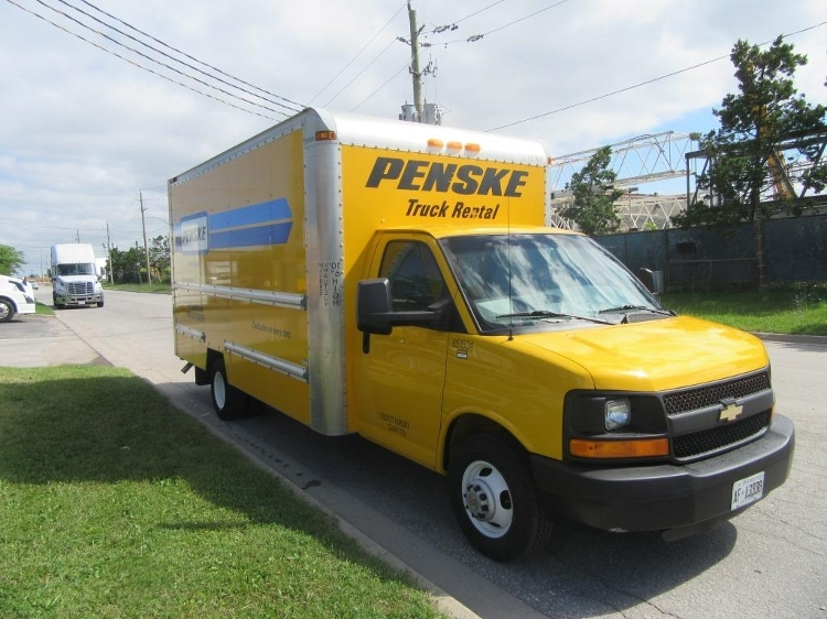 Light Duty Box Truck-Light and Medium Duty Trucks-Chevrolet-2012-G33903-MISSISSAUGA-ON-138,126 km-$19,250