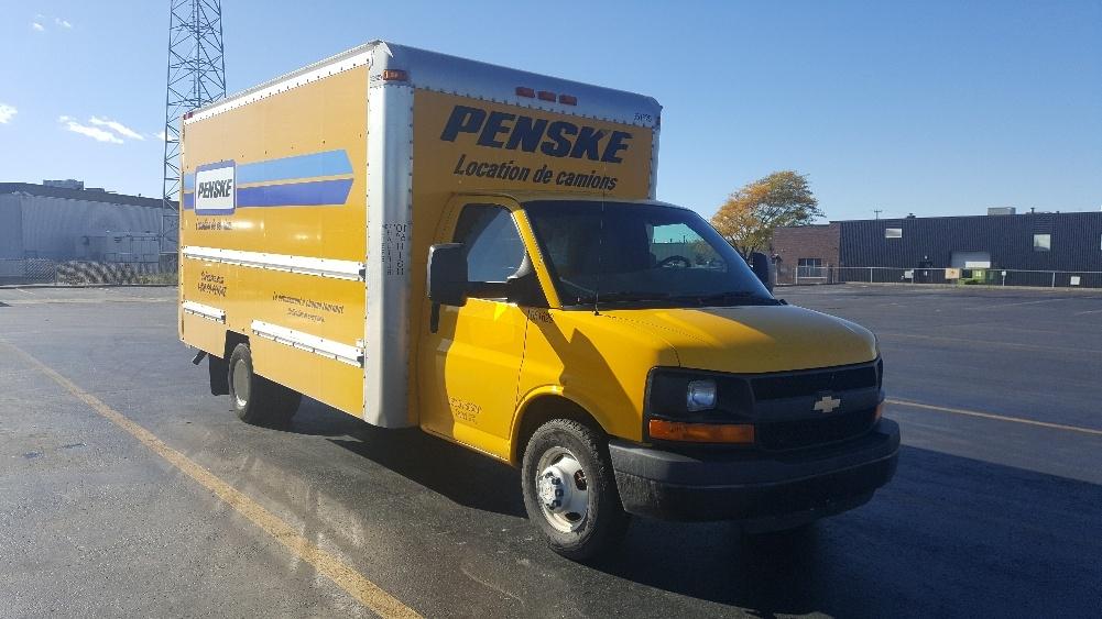 Light Duty Box Truck-Light and Medium Duty Trucks-Chevrolet-2012-G33903-SAINT LAURENT-PQ-172,944 km-$15,500