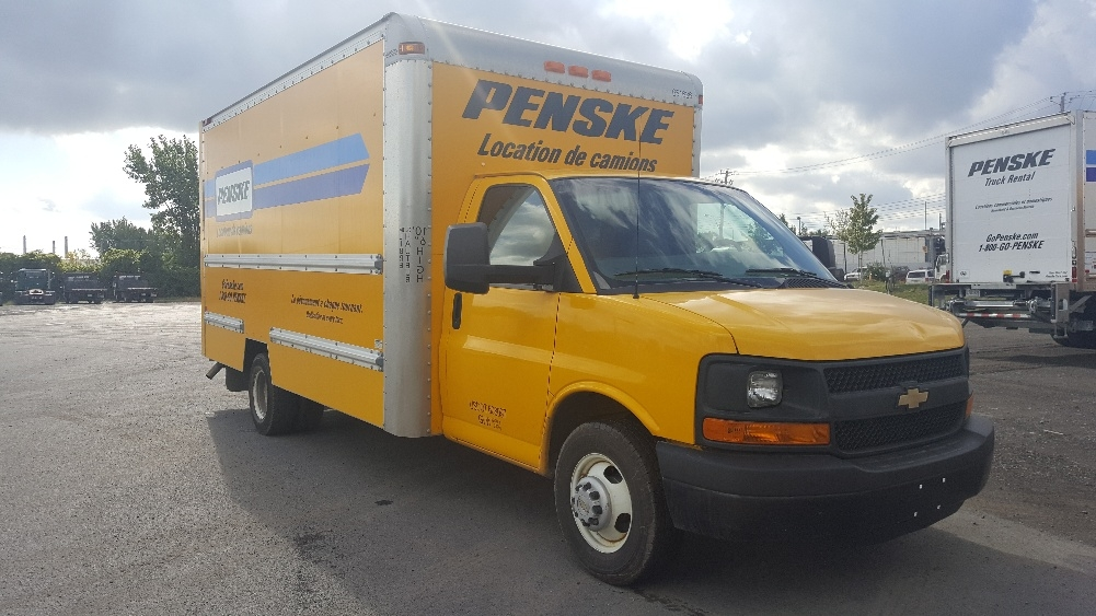 Light Duty Box Truck-Light and Medium Duty Trucks-Chevrolet-2012-G33903-STE-FOY-PQ-137,149 km-$19,250