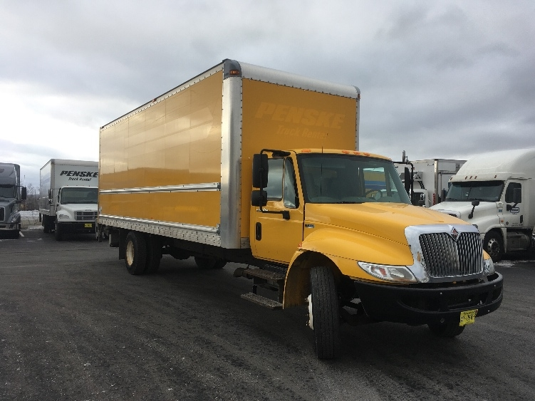 Medium Duty Box Truck-Light and Medium Duty Trucks-International-2013-4300-DARTMOUTH-NS-305,512 km-$40,750