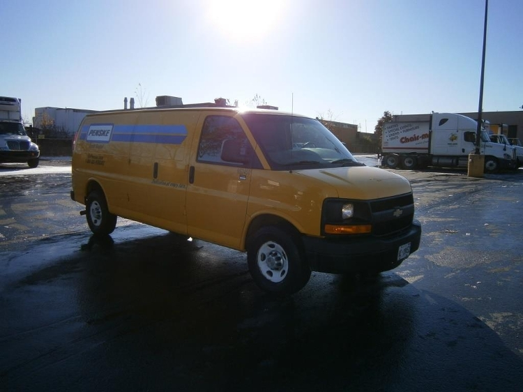 Cargo Van (Panel Van)-Light and Medium Duty Trucks-Chevrolet-2012-G23705-MISSISSAUGA-ON-146,872 km-$15,000