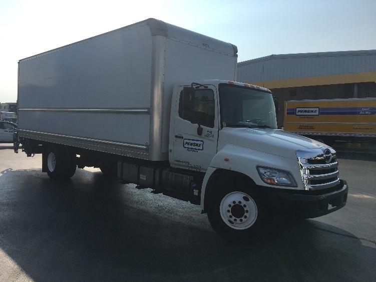 Medium Duty Box Truck-Light and Medium Duty Trucks-Hino-2013-338-HARRISBURG-PA-147,787 miles-$41,250