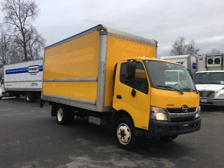 Medium Duty Box Truck-Light and Medium Duty Trucks-Hino-2013-195-DELTA-BC-153,454 km-$32,500