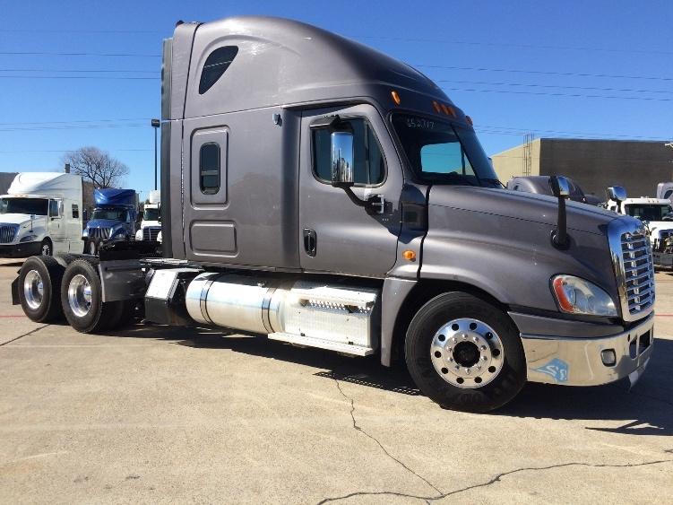 Sleeper Tractor-Heavy Duty Tractors-Freightliner-2013-Cascadia 12564ST-ALBUQUERQUE-NM-516,346 miles-$51,000